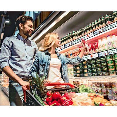 Die neuen LCD-Bildschirme von Permaplaysetzen Werbebotschaften direkt an den Produkten in Szene und sorgen damit für Kaufimpulse am POS. Foto: Permaplay Media Solutions