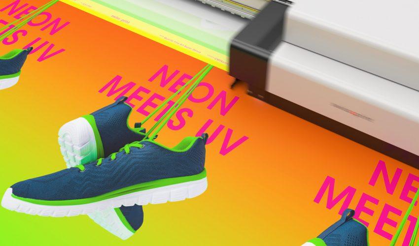 Knallig hoch 2: Neon UV-Druck von swissqprint